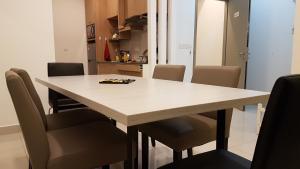 EVO SOHO DUPLEX Suites, Appartamenti  Kampong Sungai Ramal Dalam - big - 9