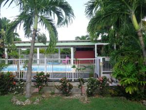 Holiday home RTE DE LETAYE - 6, Дома для отпуска  Le Moule - big - 2