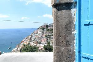 Sunny House Positano - AbcAlberghi.com