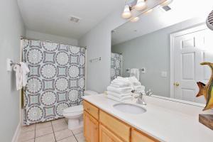 Three-Bedroom Apartment 502
