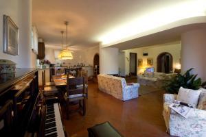 villa le olivine - AbcAlberghi.com