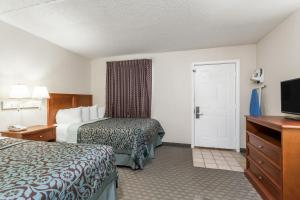 Mini Suite with Two Double Beds and Sofa Bed - Non-Smoking