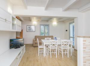 Appartamenti Costa del Sole - AbcAlberghi.com