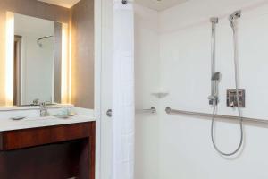 Suite adaptada para personas de movilidad reducida con cama extragrande - No fumadores