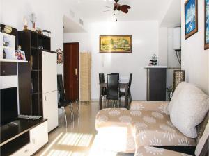 Two-Bedroom Apartment in Gualchos, Апартаменты  Gualchos - big - 6