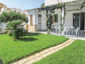 Casa Blu Mare, Holiday homes  Punta Braccetto - big - 1