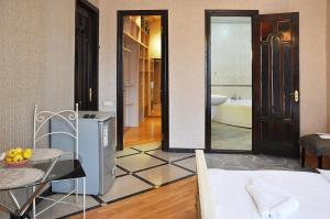 Hotel Gallery, Hotels  Tbilisi City - big - 4