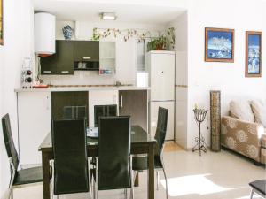 Two-Bedroom Apartment in Gualchos, Апартаменты  Gualchos - big - 8