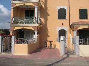 Appartamento Trilocale Primo Piano - AbcAlberghi.com