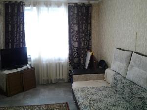 Apartment Pionerskaya street, Apartmány  Volzhskiy - big - 7