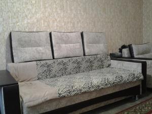 Apartment Pionerskaya street, Apartmány  Volzhskiy - big - 3