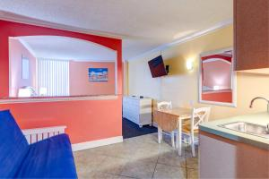 Pelican Pointe Hotel, Motely  Clearwater Beach - big - 27