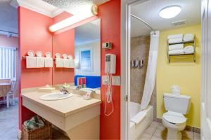 Pelican Pointe Hotel, Motely  Clearwater Beach - big - 25