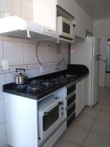 Residencial Bertoglio, Appartamenti  Florianópolis - big - 92