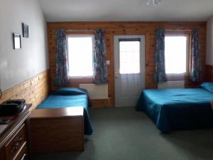 Double or Twin Room with Lake View - Disability Access