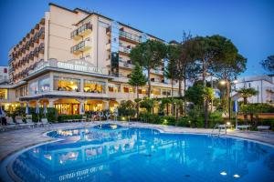 Grand Hotel Gallia, Hotely  Milano Marittima - big - 1