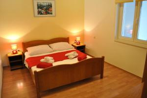 Apartment Okrug Gornji 6067a, Apartmány  Trogir - big - 7
