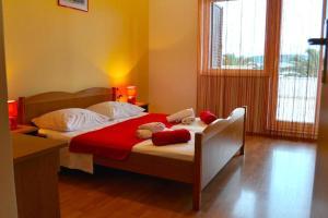 Apartment Okrug Gornji 6067a, Apartmány  Trogir - big - 13