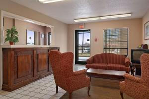 Days Inn by Wyndham Brownsville, Hotely  Brownsville - big - 17