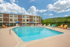 Days Inn by Wyndham Liberty, Hotel  Ferndale - big - 26