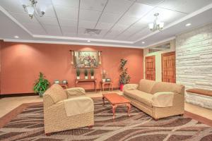 Days Inn by Wyndham Liberty, Hotel  Ferndale - big - 29
