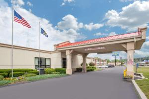Days Inn by Wyndham Liberty, Hotel  Ferndale - big - 1
