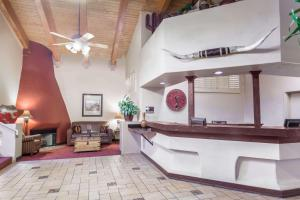 Days Hotel by Wyndham Mesa Near Phoenix, Szállodák  Mesa - big - 27