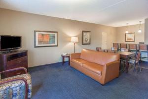 Days Hotel by Wyndham Mesa Near Phoenix, Szállodák  Mesa - big - 23