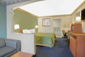 Days Inn & Suites Nacogdoches, Motel  Nacogdoches - big - 18