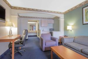 Days Inn & Suites Nacogdoches, Motel  Nacogdoches - big - 26