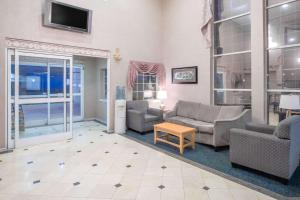 Days Inn & Suites Nacogdoches, Motel  Nacogdoches - big - 31