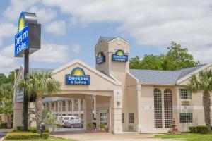 Days Inn & Suites Nacogdoches, Motel  Nacogdoches - big - 1