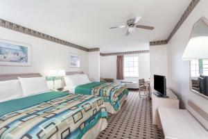 Queen Room with Two Queen Beds - Disability Access Smoking
