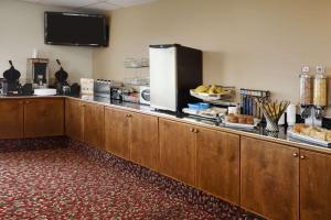 Days Inn by Wyndham Kamloops BC, Hotely  Kamloops - big - 28