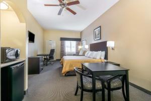 Days Inn by Wyndham Baytown East, Hotels  Eldon - big - 8