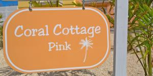 Coral Cottage Pink, Ville  Old Man Bay - big - 3