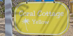 Coral Cottage Yellow, Villen  Old Man Bay - big - 2
