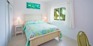 Coral Cottages, Villas  Old Man Bay - big - 11