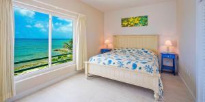 Coral Cottages, Villas  Old Man Bay - big - 10