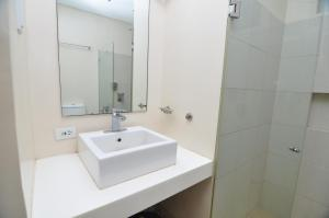 Miranda 306B by Kel's Place, Apartments  Nasugbu - big - 8