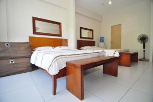 Miranda 306B by Kel's Place, Apartments  Nasugbu - big - 13