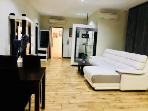 Lusso Suite Island Plaza, Apartmány  Tanjung Bungah - big - 80