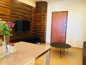 Lusso Suite Island Plaza, Apartmány  Tanjung Bungah - big - 61