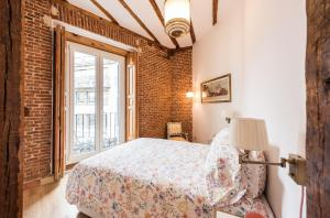 Prado Santa Ana 2BD/2BA, Apartments  Madrid - big - 7