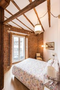 Prado Santa Ana 2BD/2BA, Apartments  Madrid - big - 8