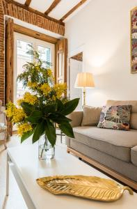 Prado Santa Ana 2BD/2BA, Apartments  Madrid - big - 25