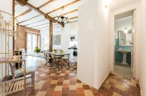 Prado Santa Ana 2BD/2BA, Apartments  Madrid - big - 31