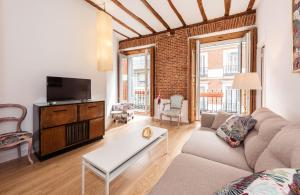 Prado Santa Ana 2BD/2BA, Apartments  Madrid - big - 52