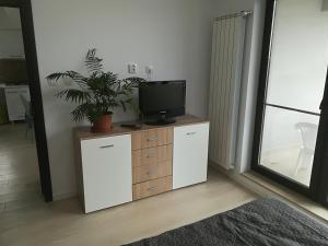 Cezar Apartment, Apartmány  Mamaia Nord – Năvodari - big - 18