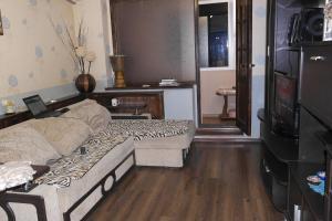 Apartment on Dumenko